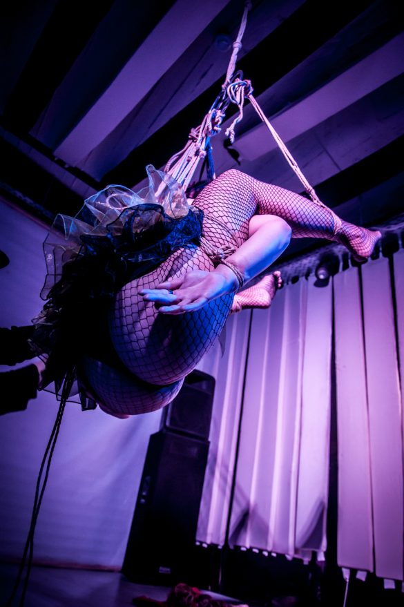 Rope Circus – The Siamese Twins Show